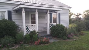 Photo for 1BR Cottage Vacation Rental in Appomattox, Virginia
