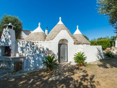 Photo for Beautiful 18th Century Trullo in the middle of the Puglian countryside