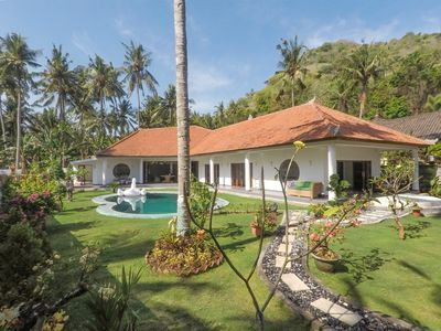 Photo for Luxurious Bali Villa for the price of a hotel room