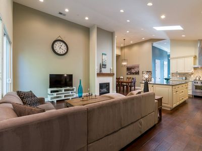 Photo for 4BR House Vacation Rental in Menlo Park, California
