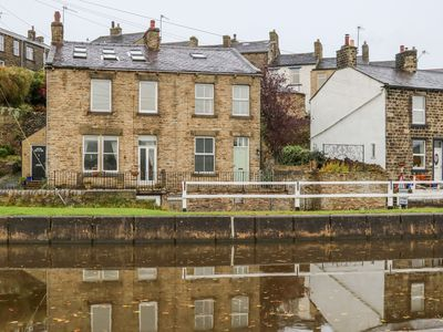 Photo for Canalside Cottage, FARNHILL