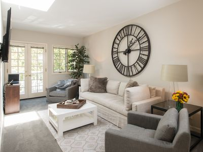 Photo for Beautiful Sonoma Private Condo Right On The Sonoma Plaza