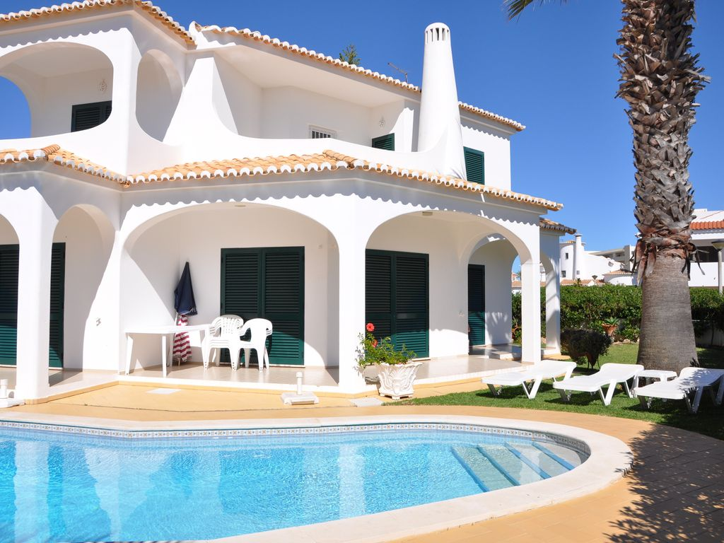Garden With Swimming Pool premium family-friendly 3 bed 3 bath refurbished villa, garden & swimming  pool - galé