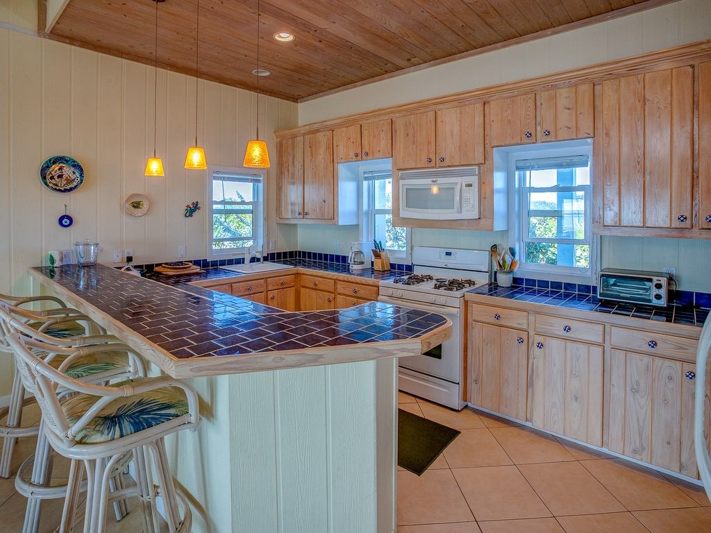 Luxury Water Front Cottage with Private Dock on the Sea of Abaco ...