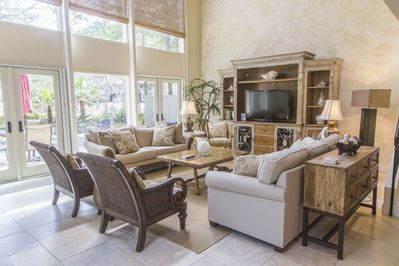 Large family room with Flat screen DVR TV