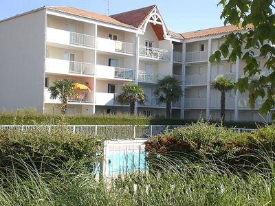 Photo for Apartment 648 m from the center of Vaux-sur-Mer with Parking, Internet, Pool, Garden (93123)