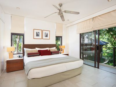 Photo for Sea Temple Palm Cove Private Apartment 213