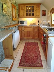 The well equipped kitchen