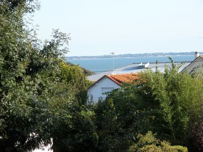 Photo for Recent apartment with loggia overlooking the sea, near the beaches.