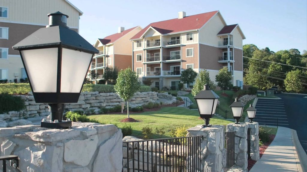 Wyndham branson at the meadows condo homeaway branson for Cabins at branson meadows
