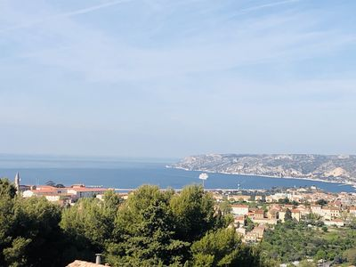 Photo for PROMO Villa standing 6 people sea view of 140 m2 on the heights of Marseill
