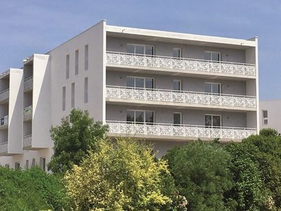 Photo for Modern and comfortable apartment near water park, 80 km from Bordeaux