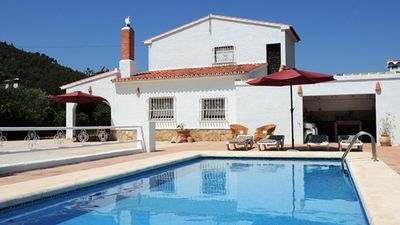 Photo for Detached Villa with private pool near the sea.