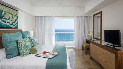 Photo for 2BR Hotel Suites Vacation Rental in Acapulco, GRO