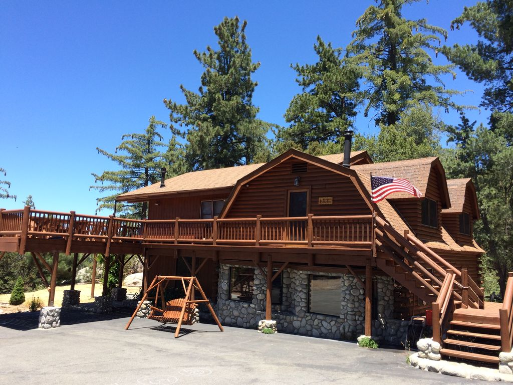Luxury Hilltop Log Cabin On 4 5 Acres With Homeaway