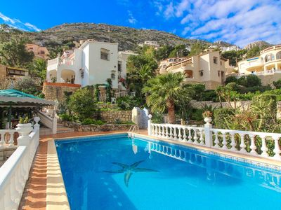 Photo for Independent plant with private pool and sea views
