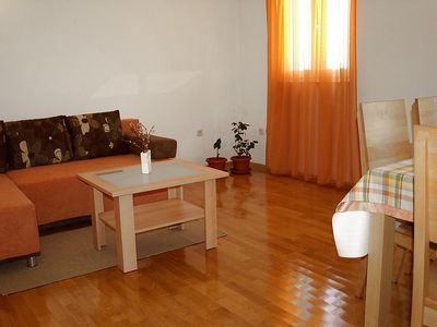 Photo for Apartment in the center of Dobropoljana with Parking, Internet, Washing machine, Air conditioning (113585)