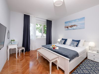 """Photo for """"City and Sea"""" apt in center, 5 min walk to the Diocletian's palace and beach"""