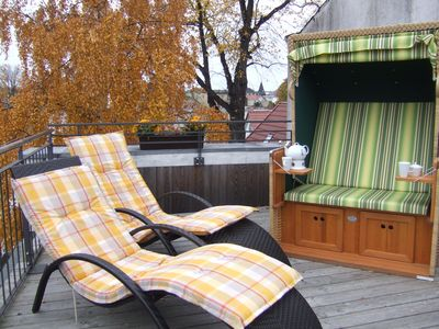 Photo for comfortable 4-star roof terrace apartment, quiet and central