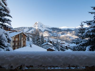Photo for Luxury 5 bedroom chalet with jacuzzi less than 250m from the village drag lift