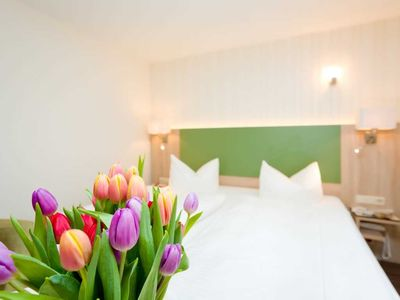 Photo for Small Double Room (H) - REB Ferienpension am Neuensiener See with lake view