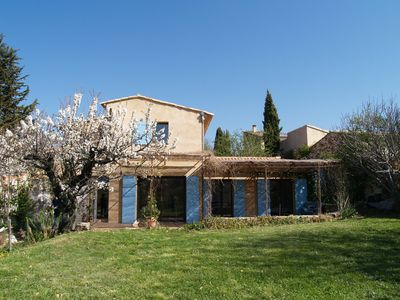 Photo for Country house, secure swimming pool and landscape meadow, excellent services