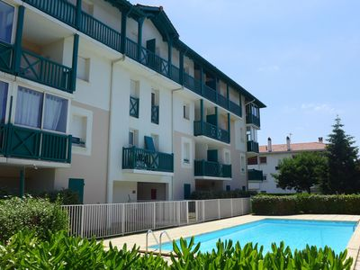 Photo for Lovely apartment for 4 guests with WIFI, pool, TV and parking