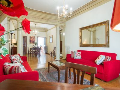 Photo for Via Verdi apartment - lovely flat with lift in the heart of Florence city