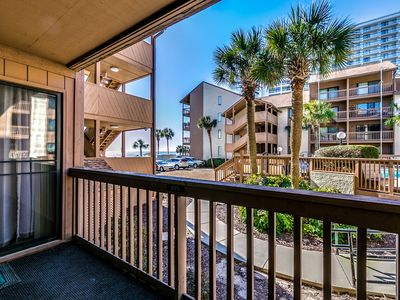 Updated Family Friendly Condo - Steps to the Beach! Close to Attractions!