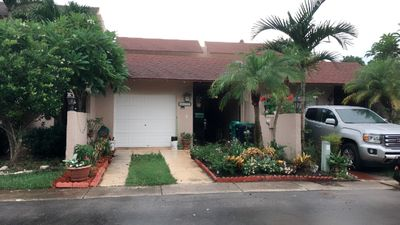 Photo for PRIVATE ROOM + BATHROOM near MIAMI AIRPORT and tourist attractions