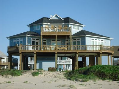 Photo for WOW (Wade on the Water) - Amazing Beachfront with all the extras!