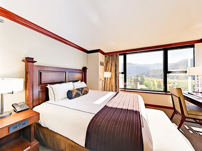 1BR King at Resort at Squaw Creek w/ beautiful Views of Squaw Valley