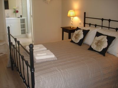 Photo for La Colline: Bed and breakfast - Table d'hôtes
