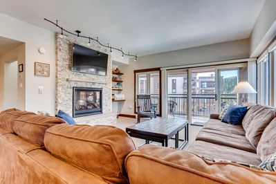Toasty fireplace to gather around. Plenty of seating for everyone.