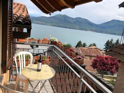 Photo for Petra apartment with lake view in Oggebbio Gonte