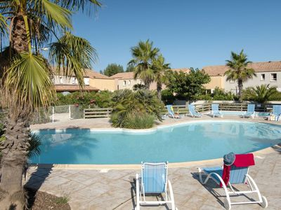 Photo for Lovely apartment for 6 guests with pool, WIFI, balcony, pets allowed and parking