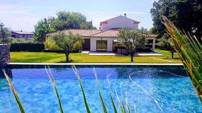 Photo for VILLA OF 170 M2 WITH SWIMMING POOL AND PRIVATIZED GARDEN 4 MINUTES FROM THE CENTER OF AIX