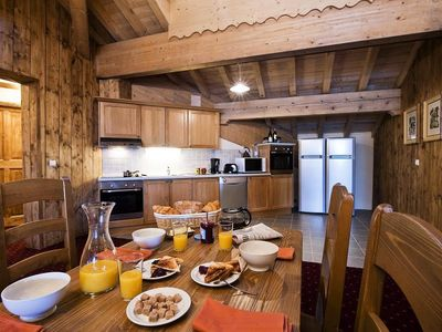 Photo for Residence Chalet Le Refuge **** - 5 Rooms 8/10 People