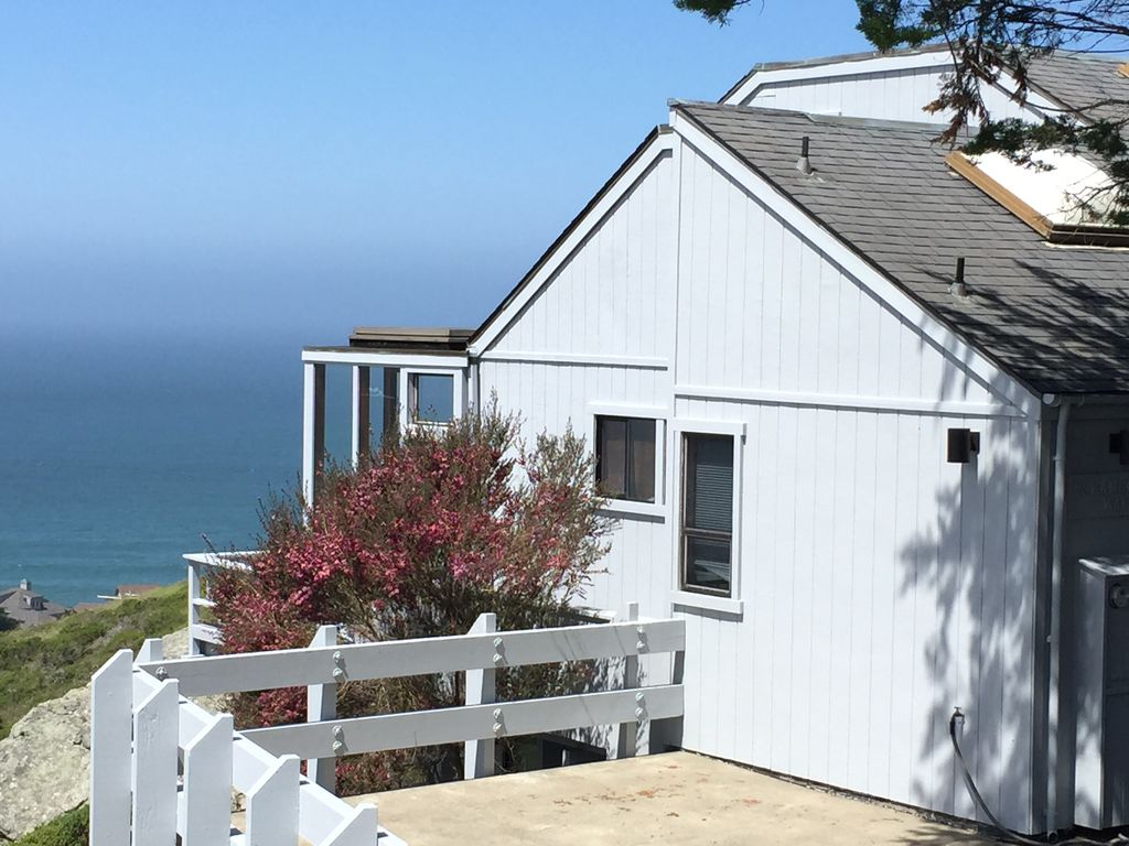 Spectacular dillon beach vacation rental vrbo exterior looking down from street nvjuhfo Image collections