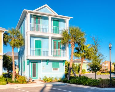 Photo for Seas the Day Cottage! NEW to VRBO! Hotel Amenities+Daily Clean+Near Disney