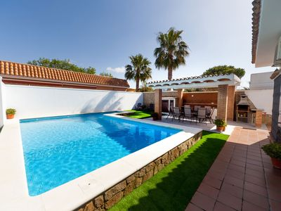 Photo for Perfect Villa for family with options for children