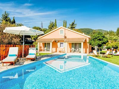 Photo for 5 bedroom Villa, sleeps 10 with Pool, Air Con, FREE WiFi and Walk to Shops