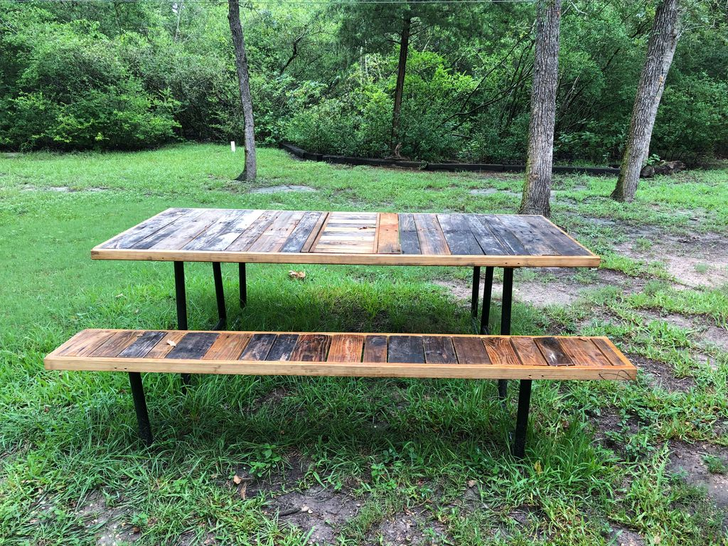 Haven Hideaway Huge Living Areas Min To Campus Family Friendly - Huge picnic table