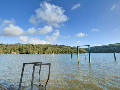 Photo for Apartment Albert Quay  in Fowey, South - West - 2 persons, 1 bedroom