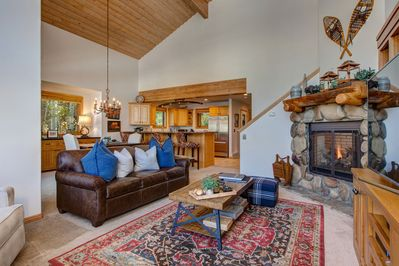 Three Bedroom, Three Bath Townhome in Lower Deer Valley - Less Than a Mile to Ski Resorts!