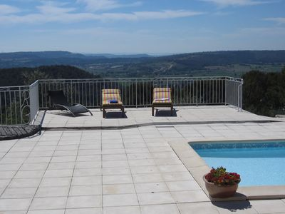 Photo for Eguilles house with outstanding views in the heart of Provence