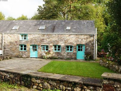 Photo for 3BR Apartment Vacation Rental in Ystalyfera, Wales
