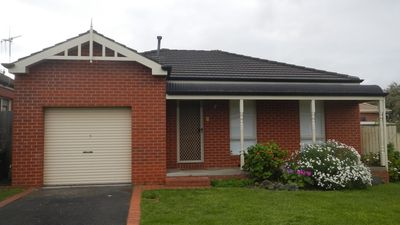 Photo for 2BR Townhome Vacation Rental in Warrnambool, VIC
