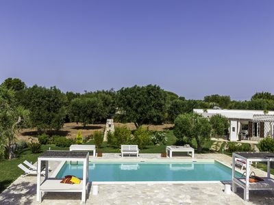 Photo for Contemporary Design Villa With Private Pool 8 people