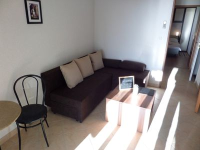 Photo for Modern apartment with one bedroom, bathroom, living room, terrace and kitchen.